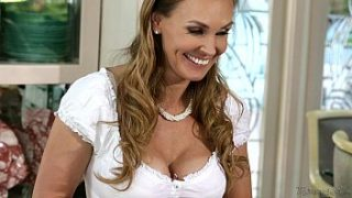 scarlet red and tanya tate at mommy and 039 s girl