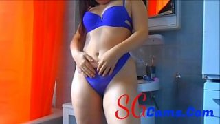 Young Cam Girl Live at Bathroom – Sgcams.com